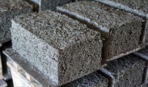 Миниатюра к статье Что такое арболитовые блоки в строительстве: характеристики и краткое сравнение с другими материалами